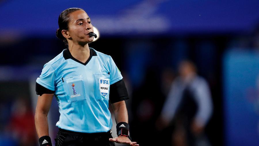 Edina Alves será a primeira mulher a apitar o dérbi Corinthians x Palmeiras - Soccrates Images/Getty Images