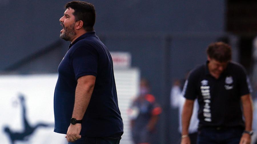 Barroca pediu personalidade ao Botafogo em luta para fugir do rebaixamento - Vitor Silva/Botafogo FR