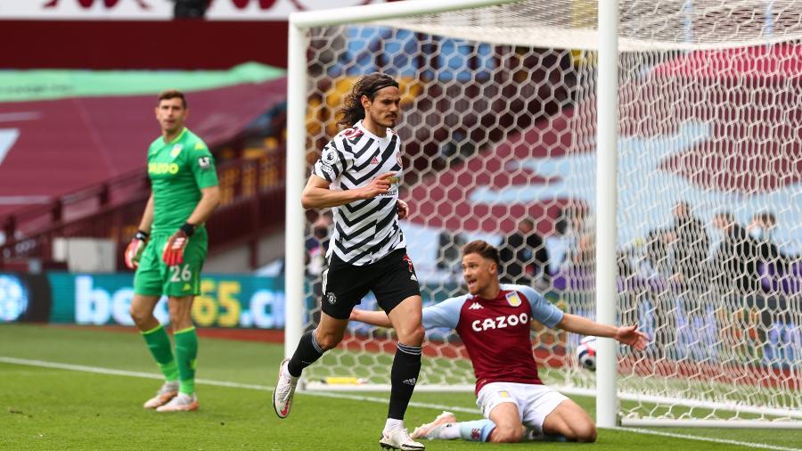 09.mai.2021 - Cavani marca para o Manchester United em partida contra o Aston Villa, pela Premier League - REUTERS/Michael Steele