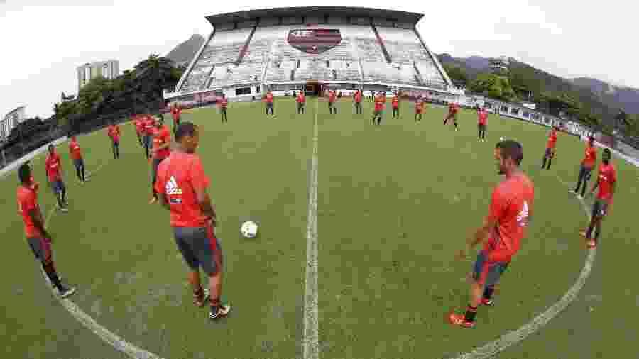 Jogadores do Flamengo treinam no estádio da Gávea - Gilvan de Souza/Flamengo