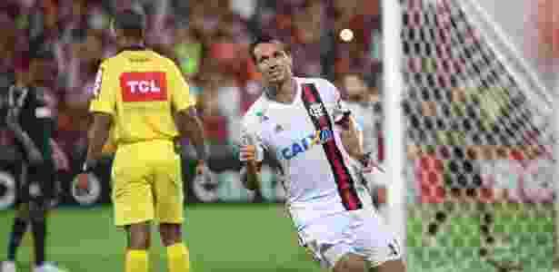 Leandro Damião é alvo do Internacional para o comando do ataque na Série B - Gilvan de Souza / Flamengo