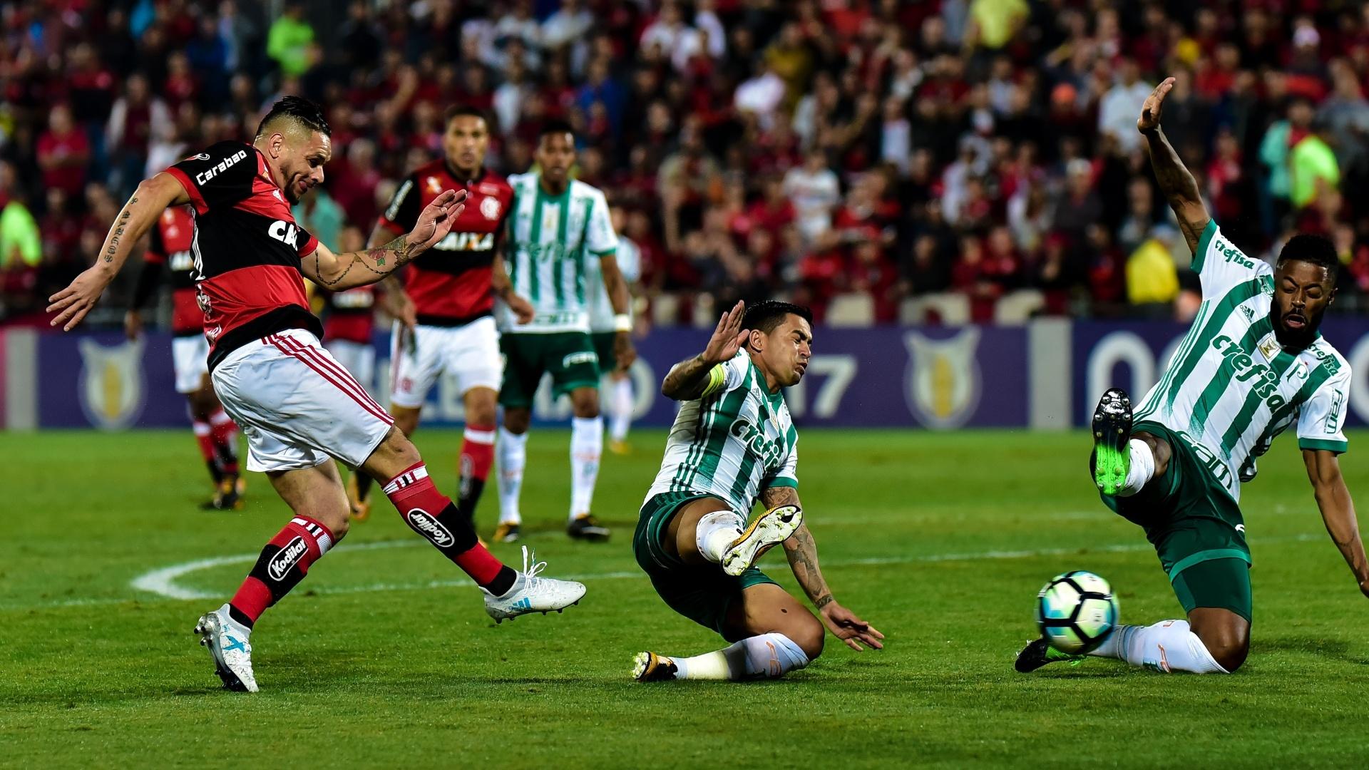 Pará abre o placar para o Flamengo com uma finalização forte