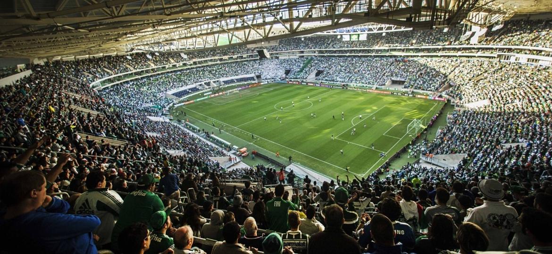 Torcedores estão se sentindo privados de acompanhar o Palmeiras no Allianz Parque - Eduardo Knapp/Folhapress
