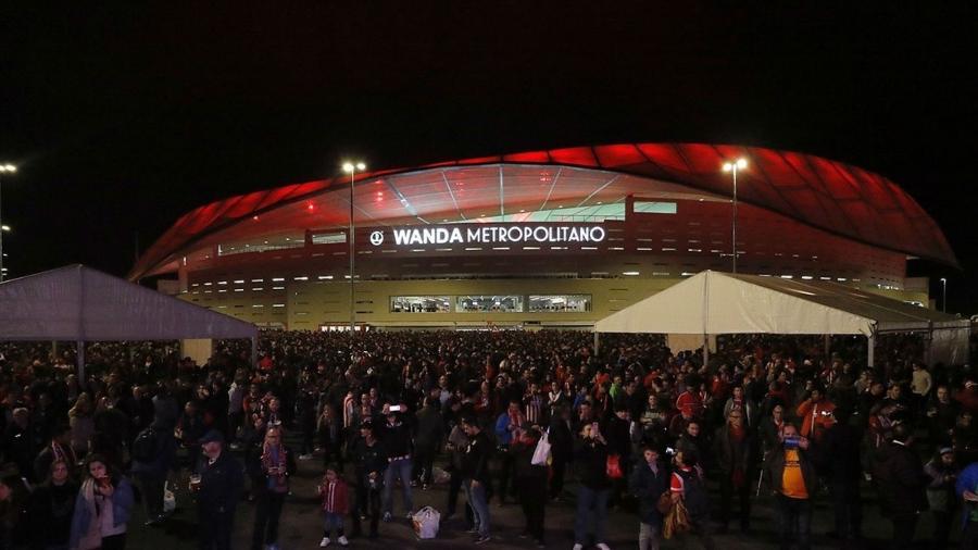 Torcida do Atlético de Madrid nos arredores do estádio Wanda Metropolitano - Twitter/Atlético de Madrid