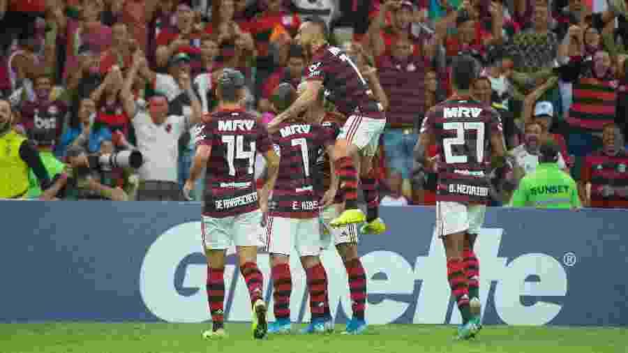 Jogadores do Flamengo comemoram gol da vitória sobre o Santos - Alexandre Vidal & Paula Reis / Flamengo