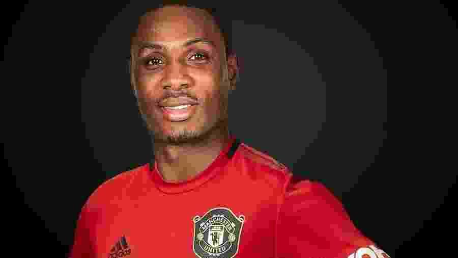 Ighalo, atacante do Manchester United tem emprestimo renovado junto ao Shanghai Shenhua - Divulgação/Site oficial do Manchester United
