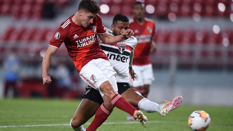 Julián Álvarezf fez um dos gols do River Plate na vitória contra o São Paulo - Marcelo Endelli/Getty Images