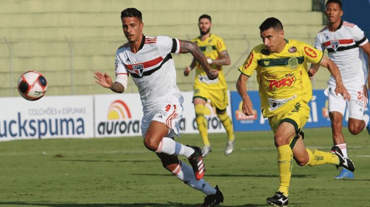 Diego Costa, zagueiro do São Paulo, em ação em partida contra o Mirassol - Divulgação/São Paulo FC - Divulgação/São Paulo FC