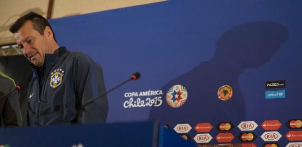 Técnico Dunga rebateu críticas à geração atual com frase infeliz  - Leo Correa/Mowa Press