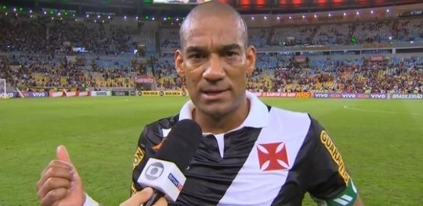 Rodrigo lamenta falhas do Vasco em bolas paradas