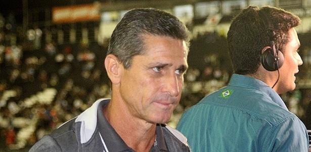 Técnico Jorginho não admitiu e nem negou suposta proposta do Cruzeiro