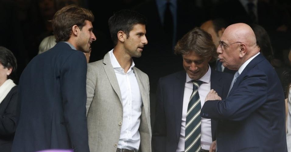 Tenista Novak Djokovic, nº 1 do ranking da ATP, acompanha no Santiago Bernabéu o jogo entre Real x City
