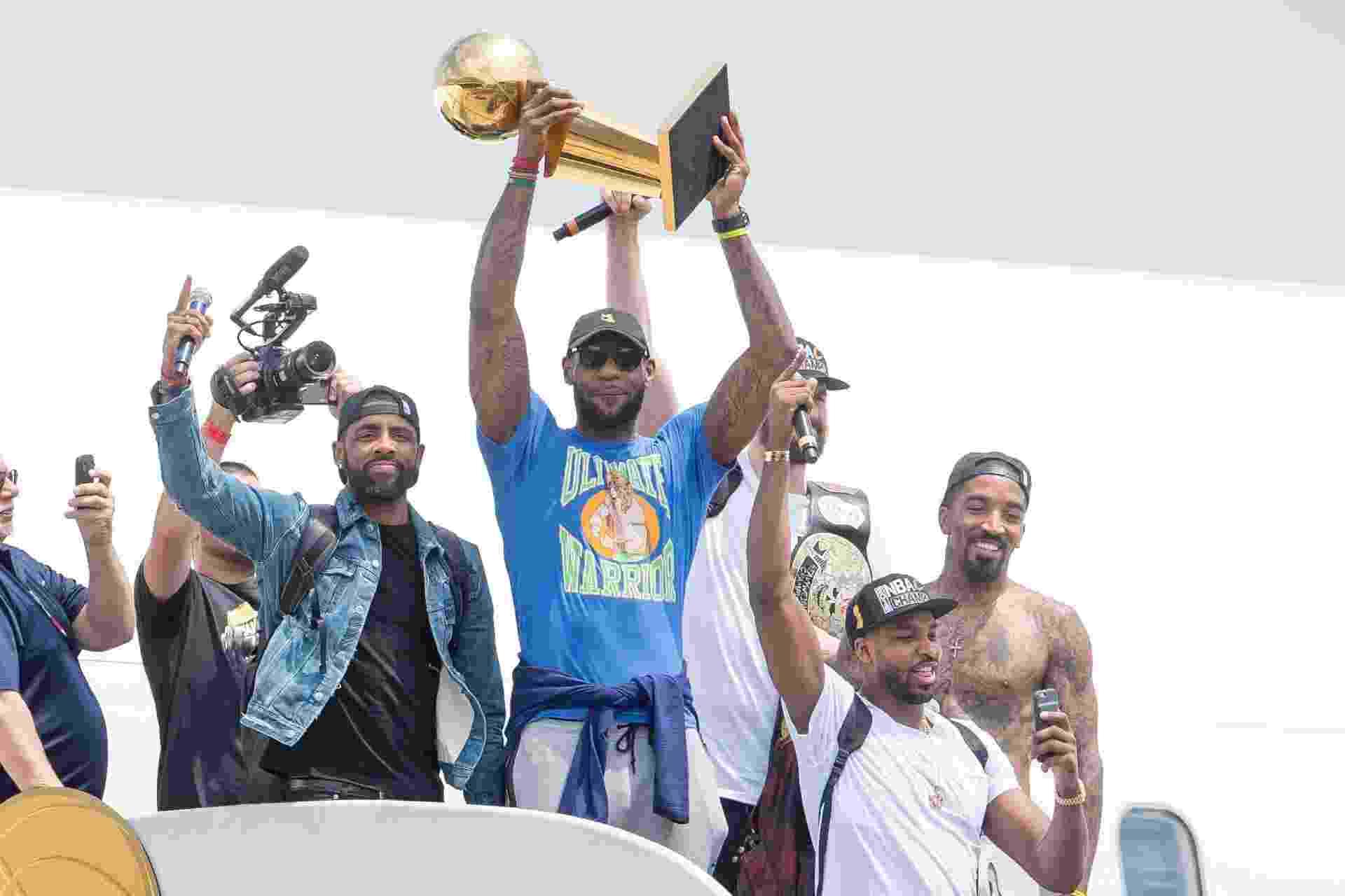 Cavaliers chegam a Cleveland após conquista do título da NBA sobre o Golden State Wariors - Jason Miller/Getty Images/AFP
