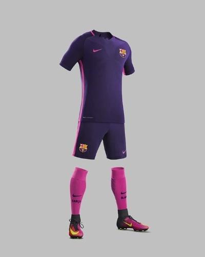 Uniforme número dois do Barcelona