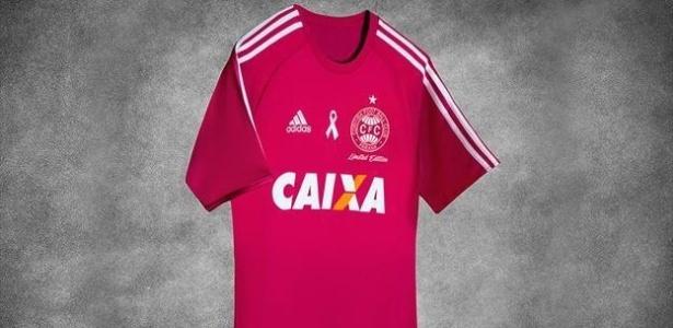 Camisa rosa do Coritiba custará R$ 349,99. Vendas começam segunda