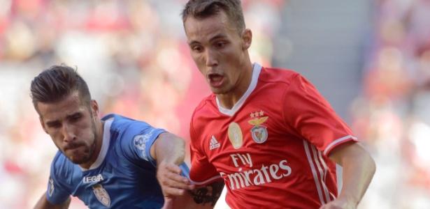 Alejandro Grimaldo tem se destacado pelo Benfica