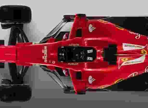 Vista de cima da região do cockpit do novo carro da Ferrari - Reprodução/Ferrari