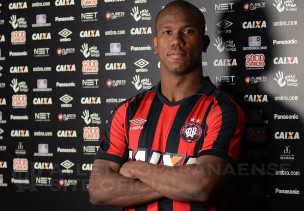 Ribamar, novo atacante do Atlético-PR