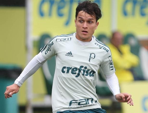 Artur treina pelo Palmeiras em 2018