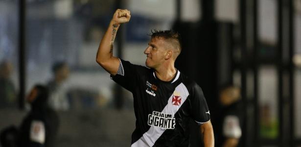 Maxi López comemora gol pelo Vasco; jogador pode pintar no time titular - Rafael Ribeiro / Vasco