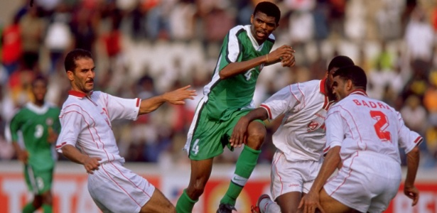 Kanu foi o algoz da seleção brasileira nas semifinais da Olimpíada de Atlanta, em 1996 - Ben Radford /Allsport