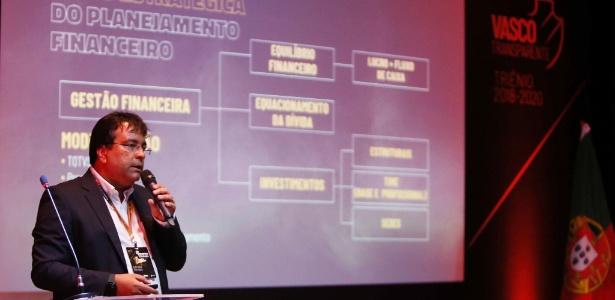 """Funcionário do BNDES há 16 anos, Adriano Mendes é """"guru financeiro"""" do Vasco  - Rafael Ribeiro / Flickr do Vasco"""