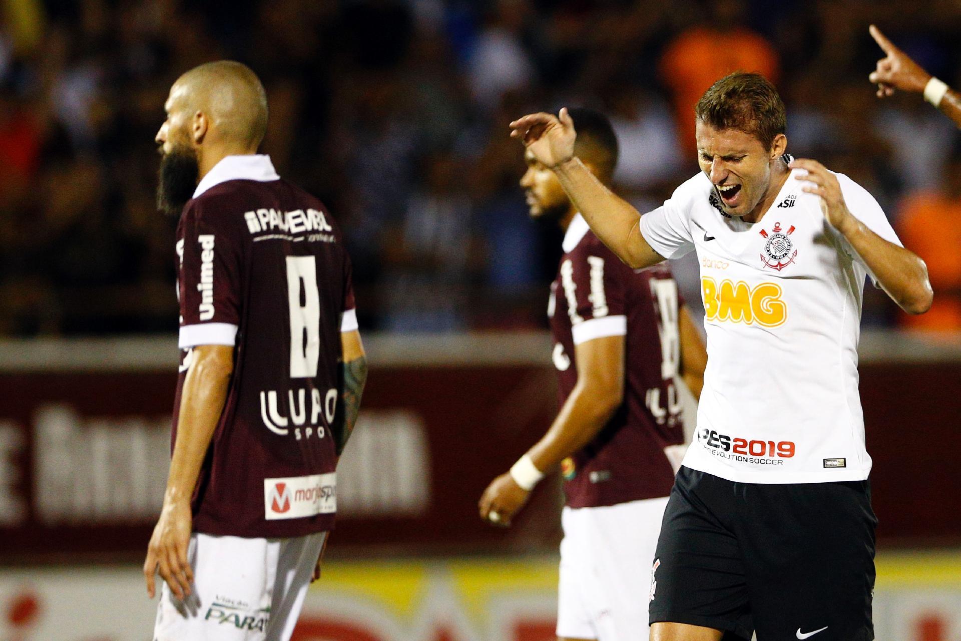 5748e11a97dcf Corinthians vai à semi sem levar gols pelo alto há 6 jogos - 29 03 2019 -  UOL Esporte