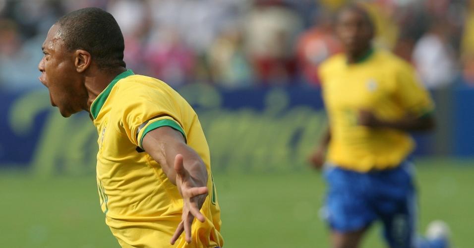 006b7cdfb Julio Baptista na final da Copa América de 2007 pela seleção brasileira