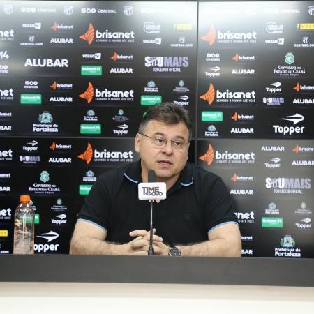 Presidente do Ceará durante entrevista coletiva - Mauro Jeferson/ Ceará SC