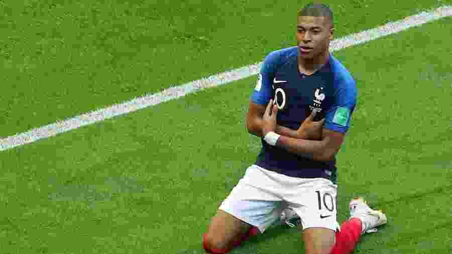 Kylian Mbappé em ação pela seleção francesa na última Copa do Mundo; jogador manifestou interesse nas Olimpíadas - Pilar Olivares/Reuters