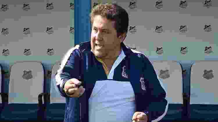 Fernando Marchiori, técnico do Água Santa, tem 40 anos e fez estágios no La Coruña e no Cádiz, da Espanha. - Michael Sanches/Água Santa - Michael Sanches/Água Santa