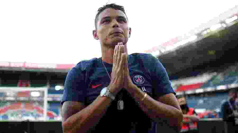 Thiago Silva agradece homenagem da torcida do PSG - REUTERS/Benoit Tessier