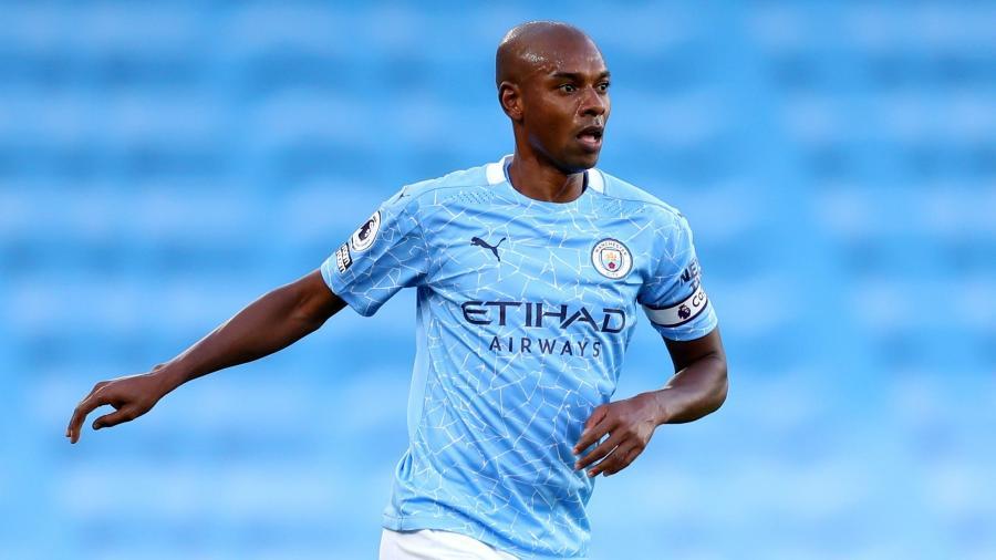 Fernandinho foi um dos destaques do Manchester City na semifinal na Liga dos Campeões - Getty Images