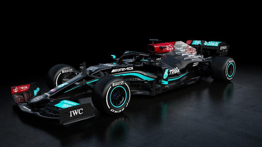 Carro da Mercedes para a temporada 2021 tem mais vermelho devido à parceria com a INEOS - Mercedes/Divulgação