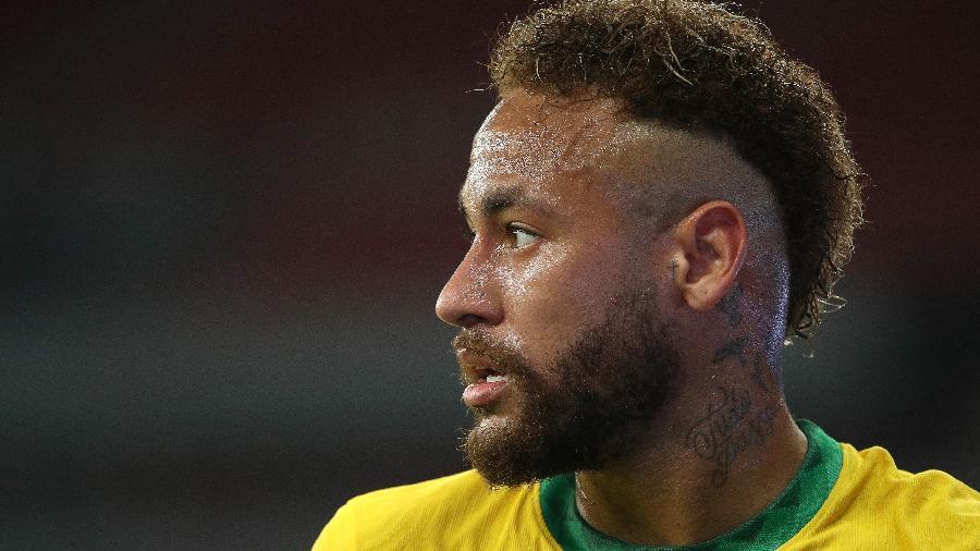 Neymar durante a partida Brasil x Equador nas eliminatórias - Buda Mendes/Getty Images