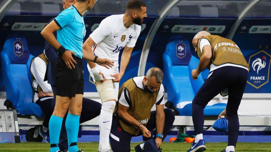 Benzema se lesionou no primeiro tempo, mas não deve ser problema - PASCAL ROSSIGNOL/REUTERS