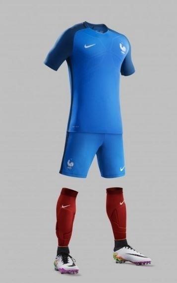 Grupo A: França (camisa titular, Nike)