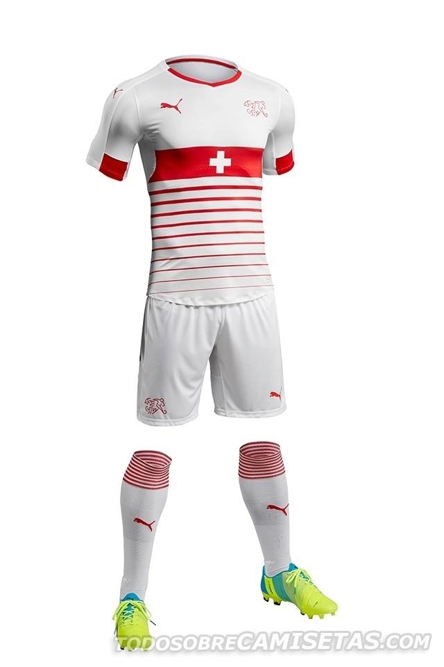 GRUPO A: Suíça (camisa reserva, Puma)