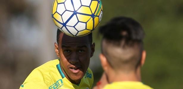 Fabrício treina na Academia de Futebol desde o último dia 28 - Cesar Greco/Ag Palmeiras