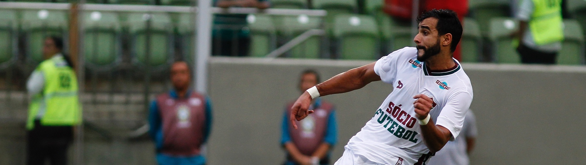 Henrique Dourado abriu o placar para o Fluminense contra o Atlético-MG