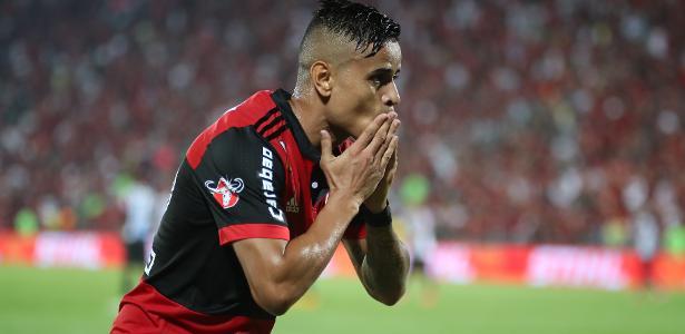 Everton interessa ao São Paulo. Contrato com o Fla vai até fim de 2019
