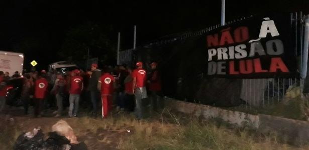MST e organizados do Coritiba estiveram em conflito na noite de terça, em Curitiba