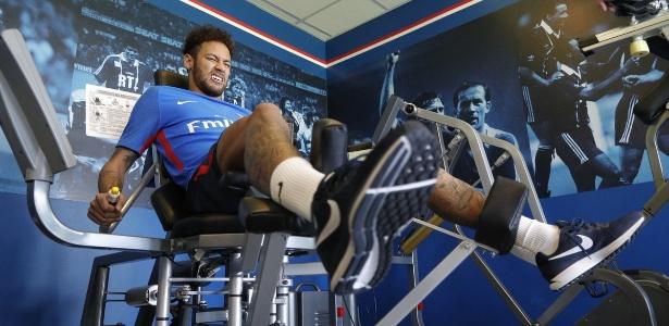 Antes da temporada, o PSG contratou Neymar por 222 milhões de euros