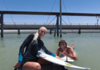 "Guga Kuerten surfa em piscina de onda de Kelly Slater: ""Sensacional!"" - Instagram / Tati Weston-Webb"