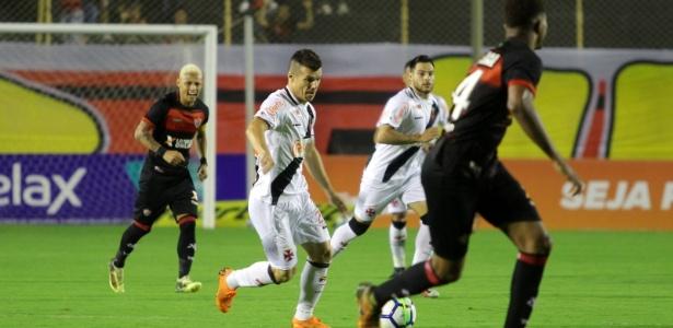 Wagner em ação pelo Vasco durante jogo contra o Vitória - Carlos Gregório Jr/Vasco
