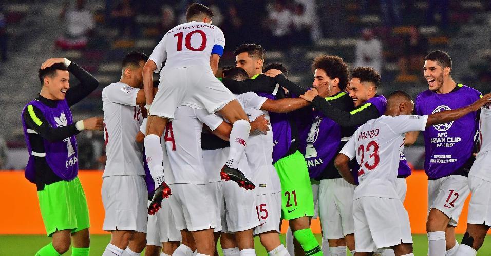 Qatar jogadores festa Japão Copa da Ásia