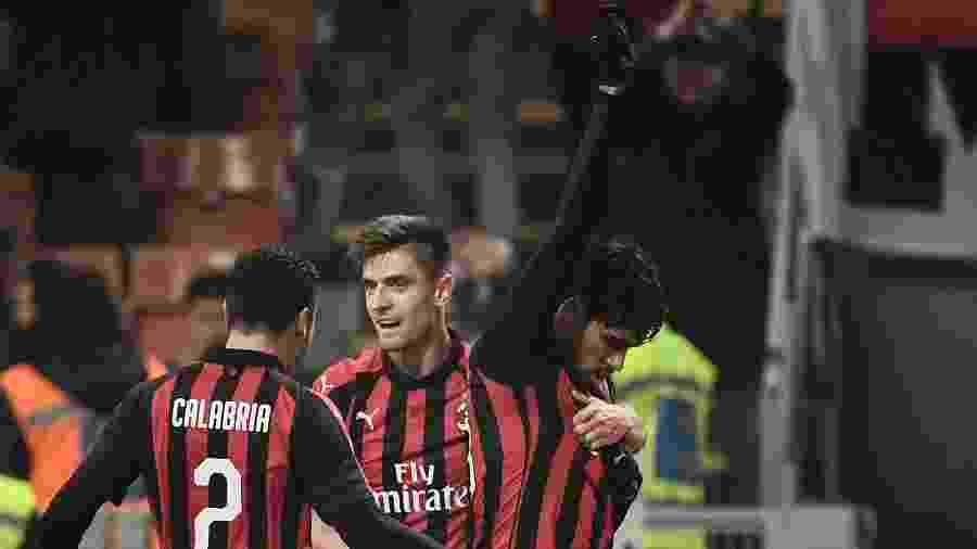 Paquetá comemora primeiro gol pelo Milan e homenageia vítimas de incêncio no CT do Flamengo - Marco BERTORELLO / AFP