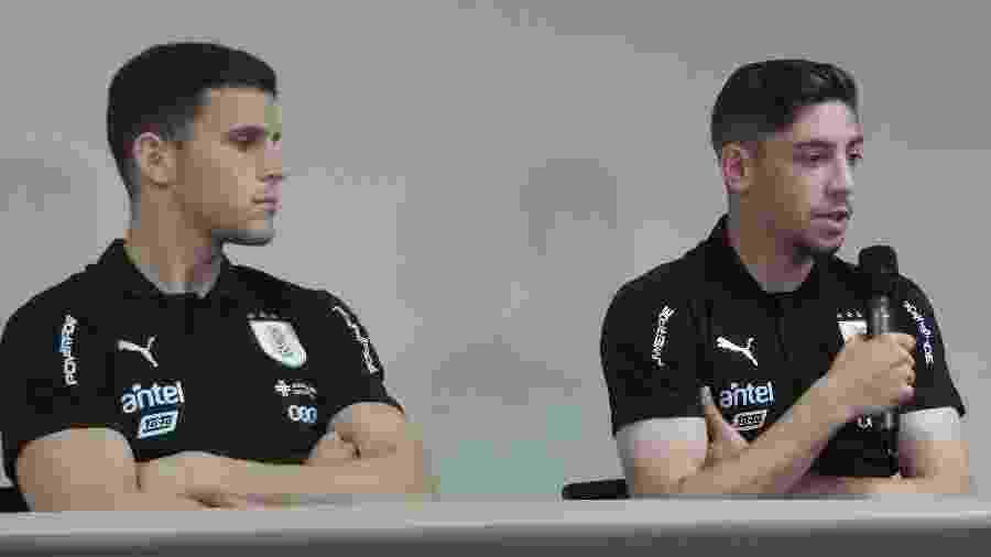 Giovanni González, do Peñarol, e Federico Valverde, do Real Madrid, em coletiva da seleção do Uruguai hoje - Gabriel Carneiro/UOL