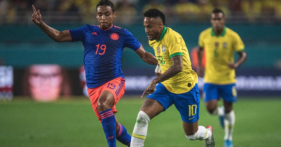 Neymar, durante partida entre Brasil e Colômbia