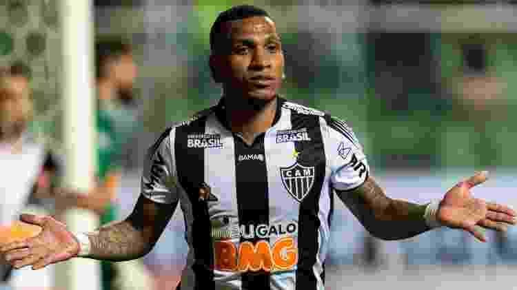 Atlético-MG também leva a marca da Universidade Brasil em seu uniforme - Alessandra Torres/AGIF